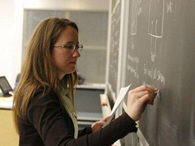 С нового года учителя региона будут получать среднюю по экономике зарплату