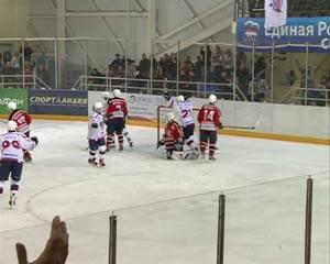 Хоккейный клуб «Славутич» провел спаренные игры на домашней арене