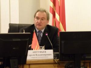 Губернатор Сергей Антуфьев выделил детскому саду миллион