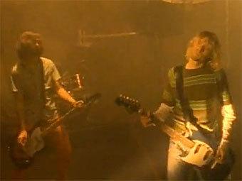 Хит Nirvana поборется за первое место в рождественском чарте