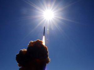 США предложили России проследить за испытаниями ПРО