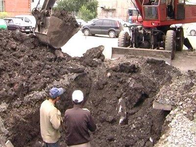 Запуск системы теплоснабжения не позволяет рабочим вовремя засыпать раскопы