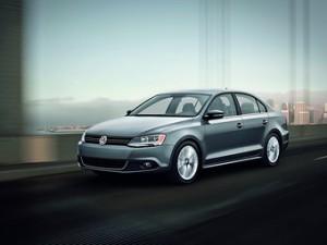 Концерн VW объявил об отзыве машин из-за опасности утечки топлива