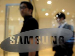 Samsung вышла на первое место в мире по продажам смартфонов