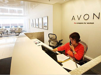 Власти США начали расследование коррупционного скандала в Avon