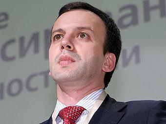 Дворкович выступил против «придумывания новых налогов»