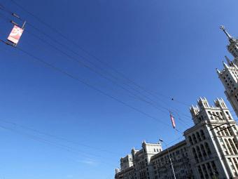 Суд отказался возвращать в Москву рекламные перетяжки