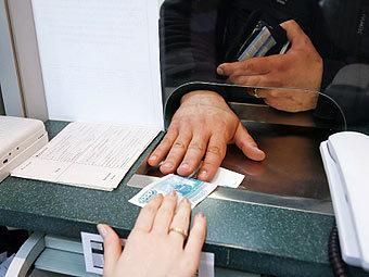Небольшие банки снизили ставки по вкладам под давлением ЦБ