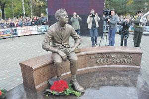В городе Демидове Смоленской области открыт памятник Юрию Никулину