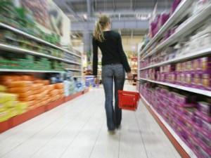 Смоленские потребители стали меньше жаловаться на качество товаров и услуг