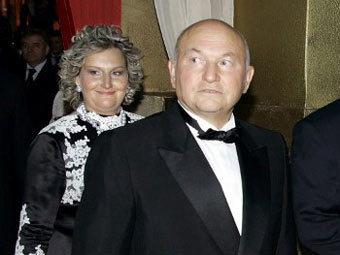 Лужков запретил Батуриной возвращаться в Москву