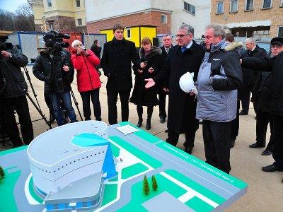 Выставочный центр имени Тенишевых построят в 2013 году