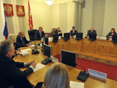 Банкиры объяснили губернатору, почему они не любят ипотеку