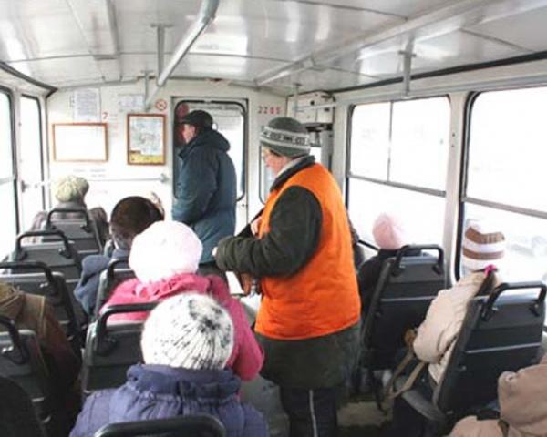 В Смоленской области подешевели льготные проездные