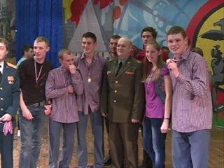 Победителем сезона КВН по-смоленски 2011г. стала команда «Разные лица»