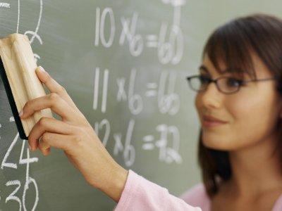 Смоленщина присоединилась к федеральной программе по обеспечению учителей жильем