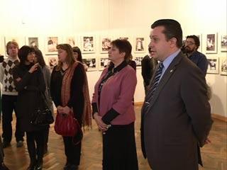 В Смоленске открылась уникальная фотовыставка «Неизвестные Романовы»