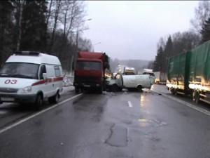 В Смоленской области за один день в ДТП погибли два человека
