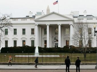 Секретная служба США заблокировала Белый дом из-за дымовой шашки