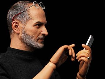 In Icons остановит производство куклы-двойника Стива Джобса