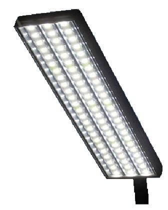 В смоленских дворах и подъездах начали устанавливать светодиодные светильники