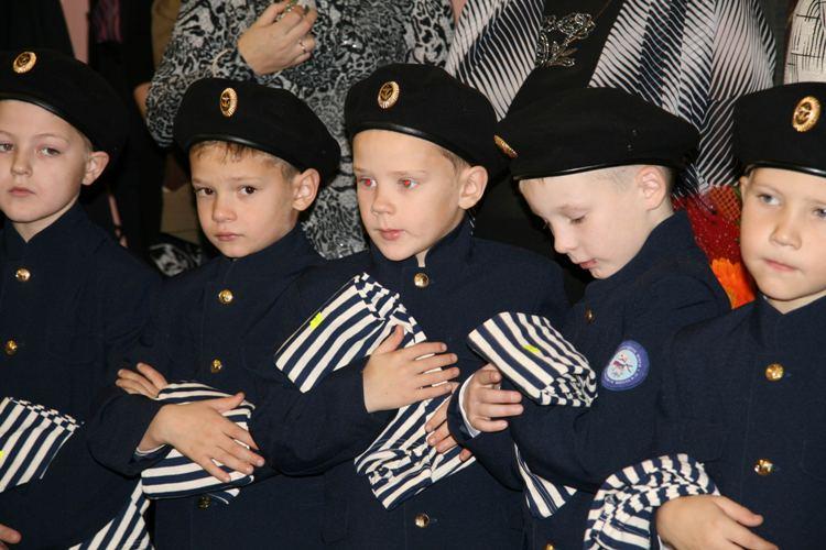 Для детей из малообеченных семей откроют школу будущих офицеров