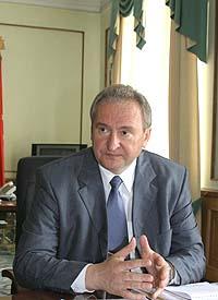 Главы трех районов Смоленской области отчитались перед Губернатором