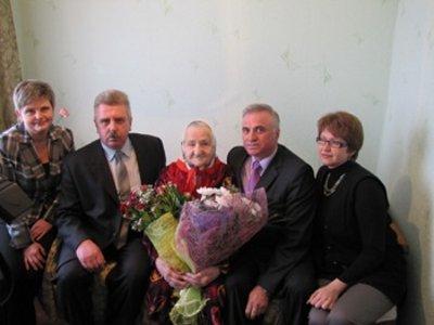 Смолянка приняла многочисленные поздравления с вековым юбилеем