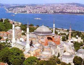 Турция сочла безответственным французский закон об отрицании геноцида армян