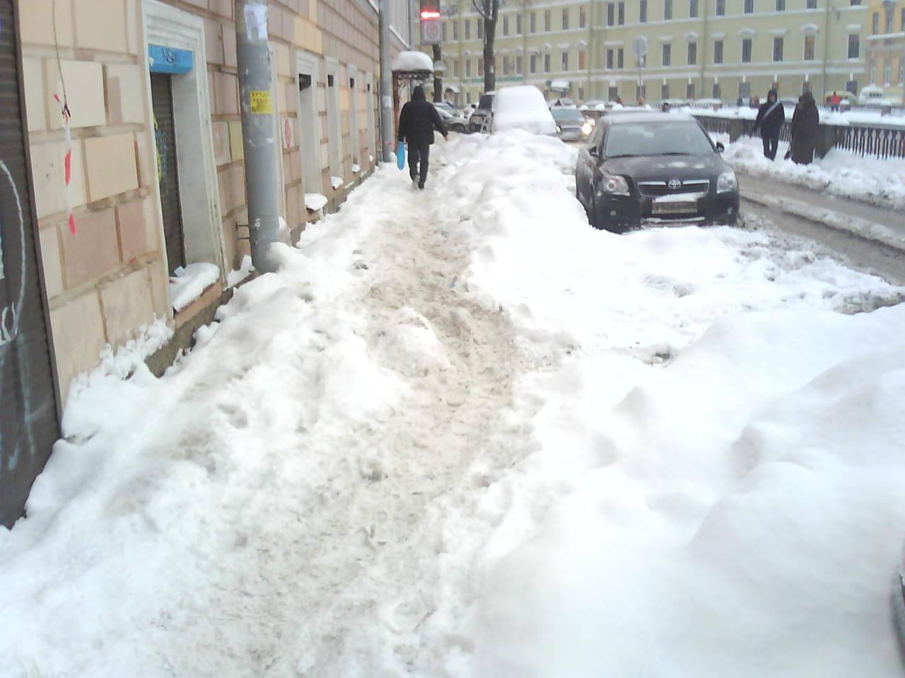 Автомобилистов призывают не мешать чистить улицы
