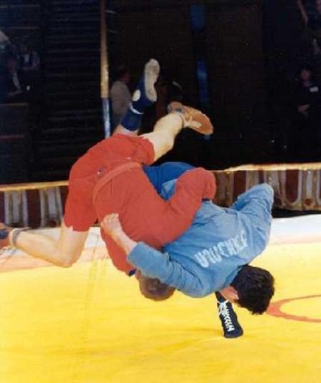 Смоляне завоевали золотые медали на турнире по самбо памяти В.Рублевского