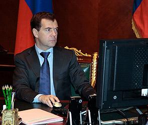 Медведев оценил сайт по борьбе с дураками