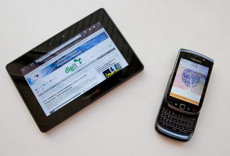 RIM выпустит новые смартфоны BlackBerry и обновит PlayBook в 2012 году