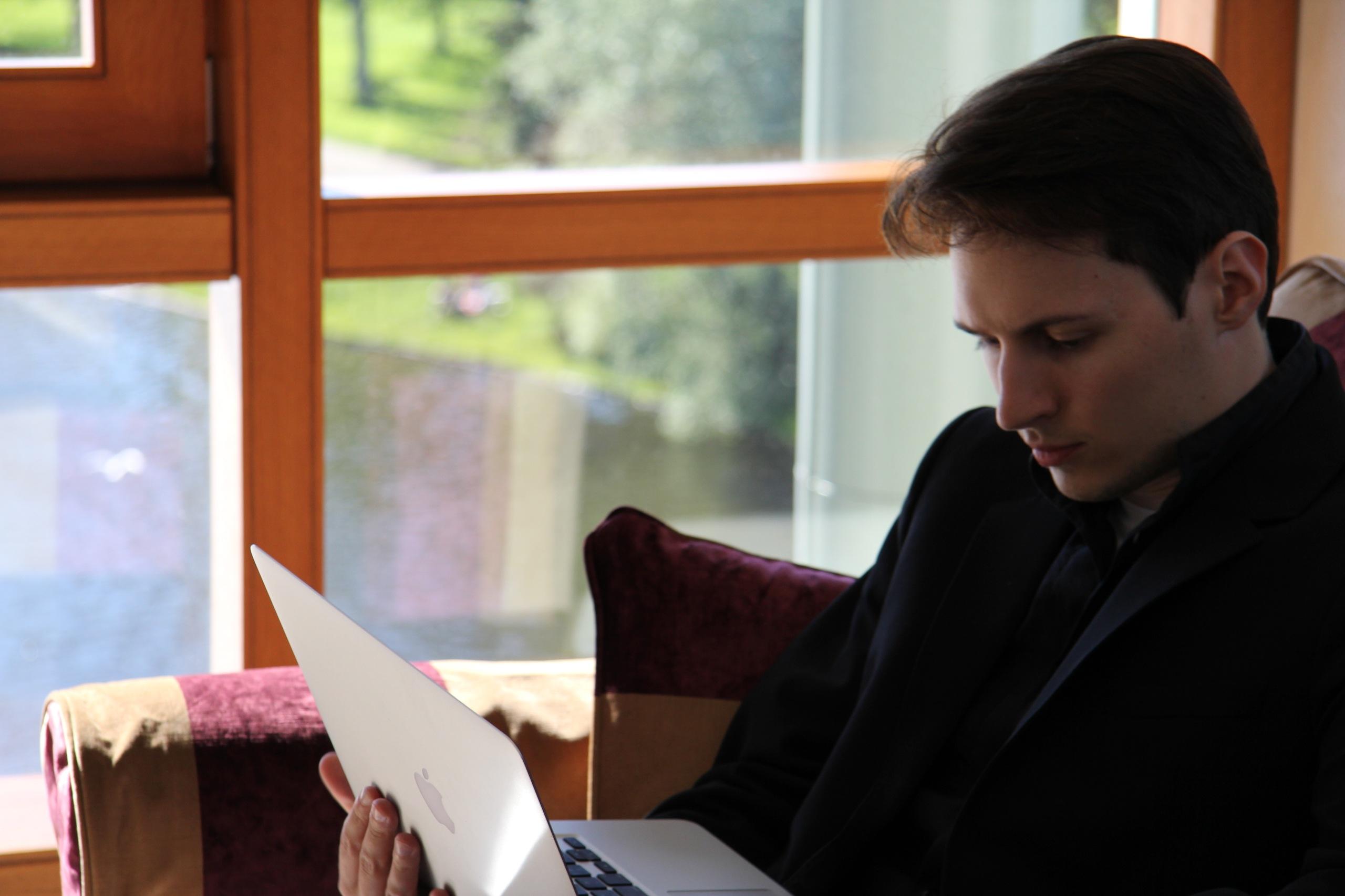 Миллионы Павла Дурова: как зарабатывает российский Стив Джобс?