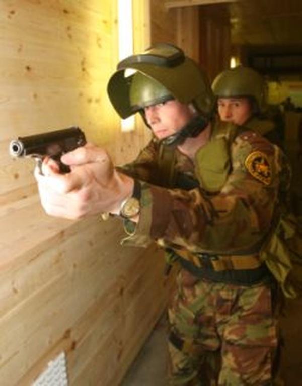 Сафоновская молодёжь проходит подготовку у ветеранов спецназа