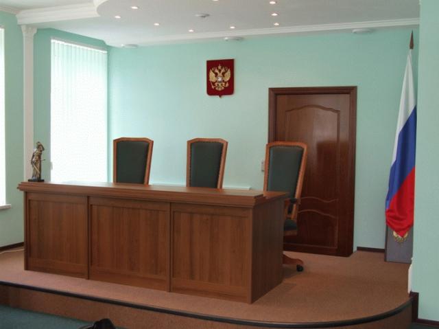 Смоленские депутаты не являются в суд