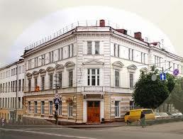 В Смоленске открылась выставка живописи «Зимний вернисаж»