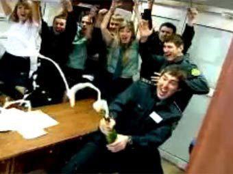 Начальника «веселых» таможенников из Владивостока задержали за взятку