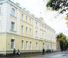 Строителей юбилейных объектов власти оштрафовали почти на три миллиона рублей