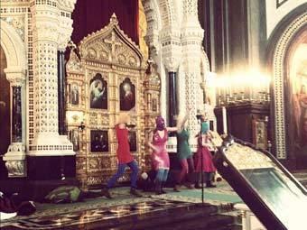 Путин негативно оценил панк-акцию в храме Христа Спасителя