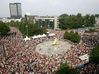 Love Parade вернется под новым названием в Берлин