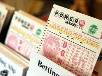 Пенсионерка выиграла в лотерею 336 миллионов долларов