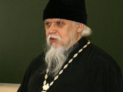 Епископ Пантелеимон просветил студентов о сути счастья