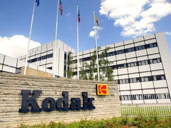 Суд запретил Apple судиться с Kodak