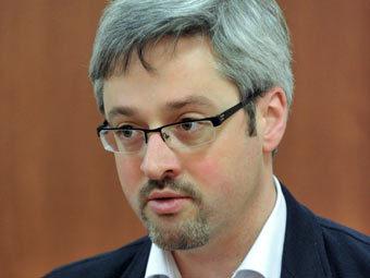 СМИ узнали имя своего нового куратора в Кремле