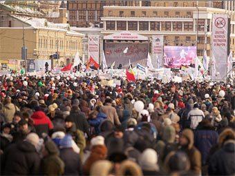 Митинги оппозиции проиграли митингам за Путина в глазах россиян