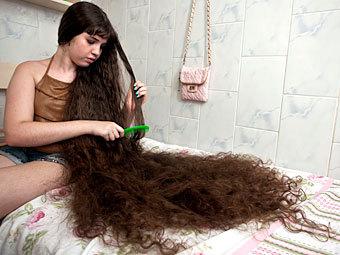 12-летняя бразильянка впервые отправится к парикмахеру