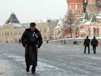 У Красной площади задержаны 33 человека с белыми ленточками