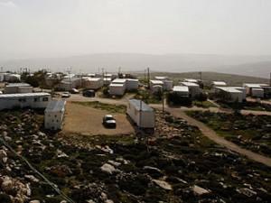 Суд оставил еврейских поселенцев без домов