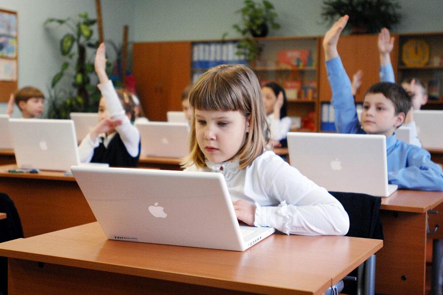 В смоленских школах не наладили фильтрацию интернет-контента